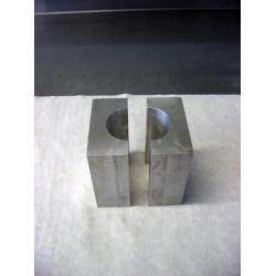 Brides de tube de fourche KYB Ø48mm